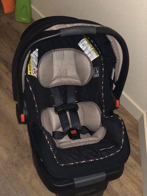 Garco car seat & stroller frame for Sale in Hillsboro, OR