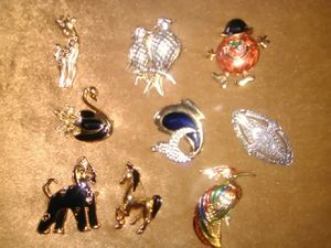 Beautiful brooches for Sale in Las Vegas, NV
