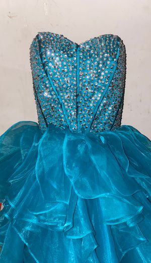 Sweet 16/homecoming dress/Birthday for Sale in West Hempstead, NY