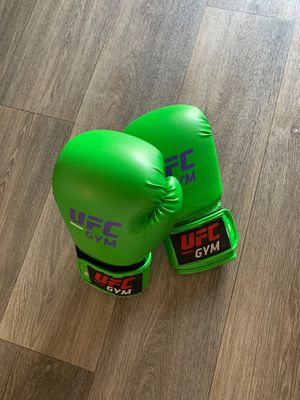 UFC Gym Boxing Gloves for Sale in Winter Springs, FL