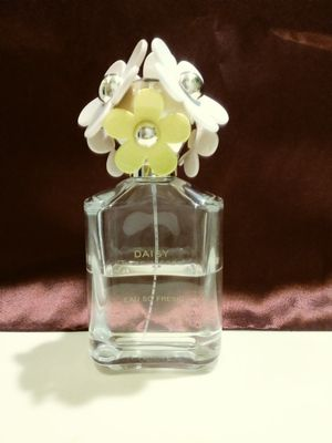 Woman perfume Marc Jacob. for Sale in Pomona, CA