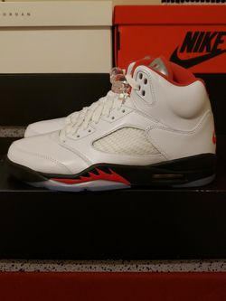 """JORDAN 5 RETRO FIRE RED """"SILVER TONGUE"""" for Sale in Baytown,  TX"""