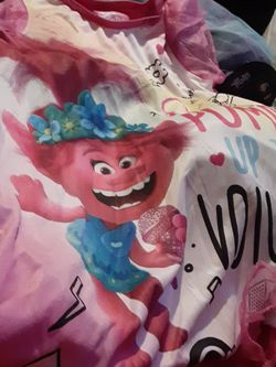 Troll Pajama Set Size 6 Youth Girl for Sale in Copiague,  NY
