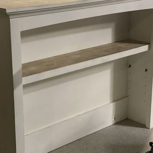Changing Table Hutch for Sale in Chatsworth, CA