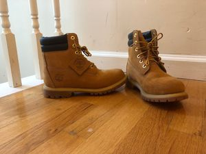 Timberlands Woman's size 7 for Sale in Ellenwood, GA