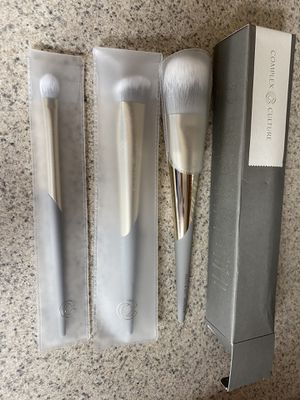 Complex Culture Makeup Brush Set Ipsy Brand New for Sale in Moreno Valley, CA