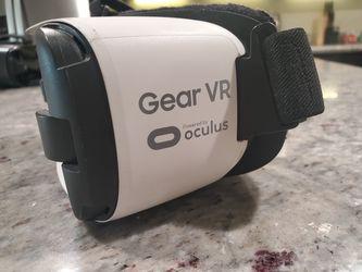 Samsung Gear VR Oculus (Micro USB only) for Sale in Yuma,  AZ