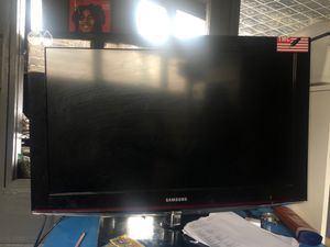 32 inch Samsung flat screen for Sale in Silver Spring, MD