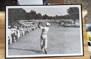 Ben Hogan's 1 iron to 18th green at US Open at Median 1950. for Sale in Greenville, SC