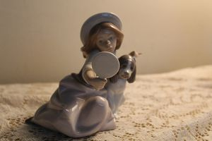 Lladro who's the fairest girl with dog and mirror for Sale in Santa Ana, CA