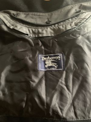 Burberry Trench Coat for Sale in Las Vegas, NV