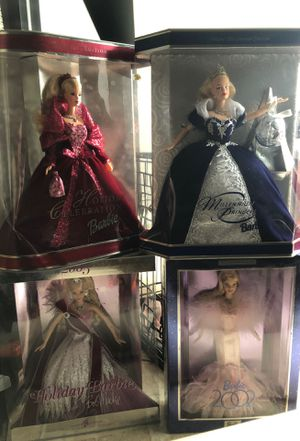 MINT CONDITION, collectible holiday barbies (4) for Sale in East Windsor, NJ