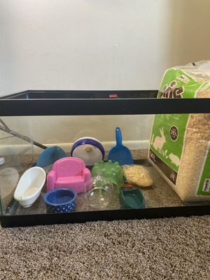 hamster cage/aquarium and supplies for Sale in Washington, IL