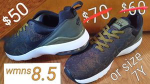 Air Max color-flip fitness sneakers NEW for Sale in Inglewood, CA