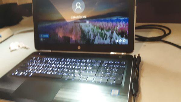 HP Notebook, 12 GB ram 1 TB, Model 15-au023cl