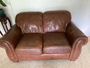 Brown leather couch and love seat for Sale in Davie, FL