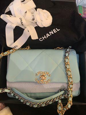 Original Chanel 19 handbag 2019 mint for Sale in Chicago, IL