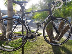 Roadbike Fuji Sportif 1.1 M/L LIKE NEW! for Sale in El Cajon, CA
