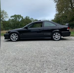 2000 Honda Civic 5 Speed Manual Bad Ass System Trade For Automatic Car or SUV or Truck for Sale in Chicago, IL
