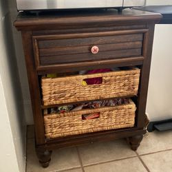 Table/Drawers for Sale in Long Beach,  CA