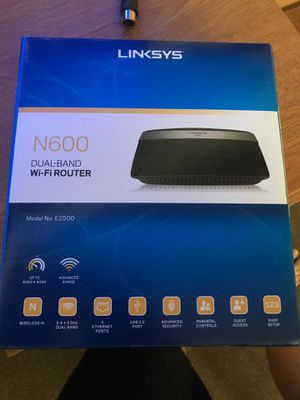 Dual band WiFi router linksys n600 for Sale in Colorado Springs, CO