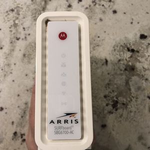Arris Surfboard SBG6700-AC 3.0 cable modem/WiFi AC1600 Router for Sale in Tempe, AZ