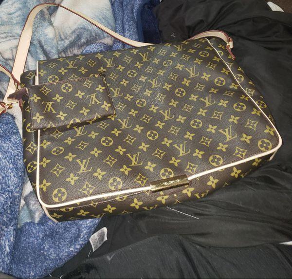 Shoulder Bag Like New