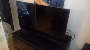 "32"" Insignia TV 2014 for Sale in Los Angeles, CA"