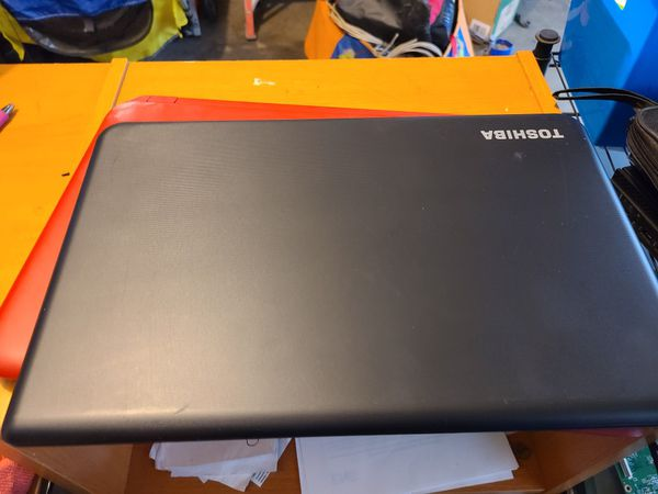 Toshiba Satellite C55d 15.6 Inch Laptop(check out My Page For More Laptops)