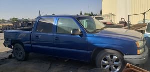2005 Chevy Silverado Crew Cab (Part Out) for Sale in Sanger, CA