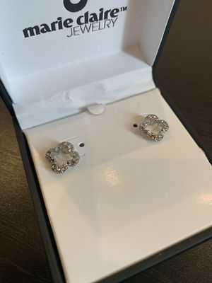 Stud Earring with Swarovski Crystals in Sterling Silver for Sale in Chicago, IL