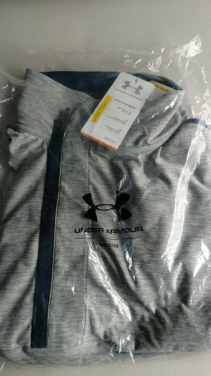 Under Armour Womens Hot Shot Top for Sale in Manassas, VA