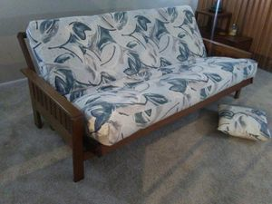 Futon sofa bed for Sale in Tampa, FL