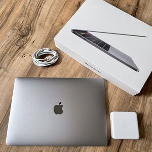 """1TB SSD 15"""" MacBook Pro Touch Bar i7 2.7GHz Quad Core High Performance Retina similar 18 16"""" 2019 & 2020 for Sale in Los Angeles, CA"""