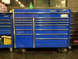 Snap on TOOL BOX AND TOOLS for Sale in Riverdale, MD