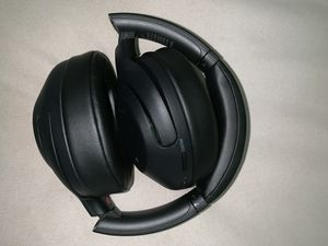 Sony Noise Cancelation Headphones for Sale in Capitol Heights, MD