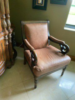 Brown leather chair for Sale in Miami, FL