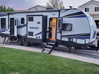 2019 Keystone Impact 332 for Sale in Colorado Springs,  CO
