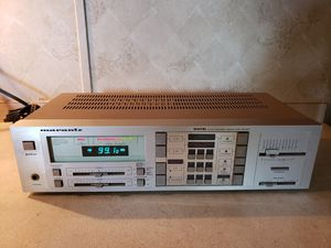 Vintage 1980s Marantz Digital Synthesized Receiver for Sale in Needville, TX