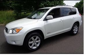 Owner` 2008 Toyota RAV4 4WDWheels CLean--Title for Sale in Alexandria, VA
