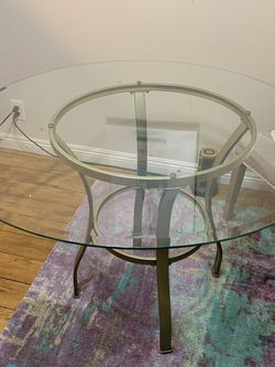 Free Glass Dining Table for Sale in Los Angeles,  CA