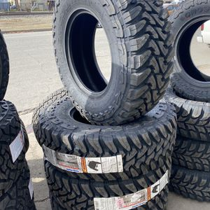 LT285/75R17 10 Ply Toyo Open County M/T for Sale in Gilroy, CA