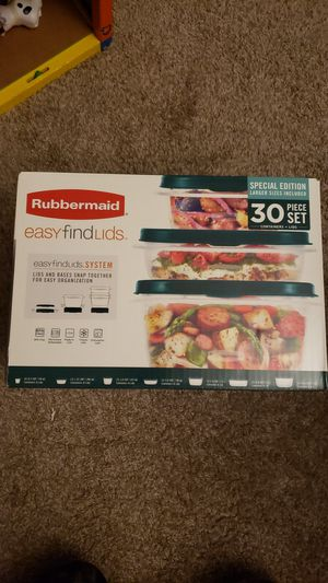 Rubbermaid easy find lid box set for Sale in Gresham, OR