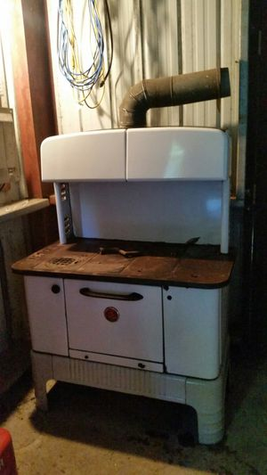 Old wood cook stove for Sale in Bellaire, MI