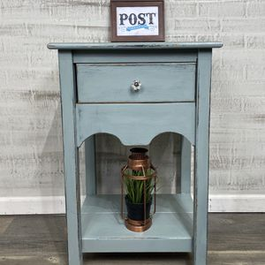 Entryway/ End Table for Sale in Canby, OR