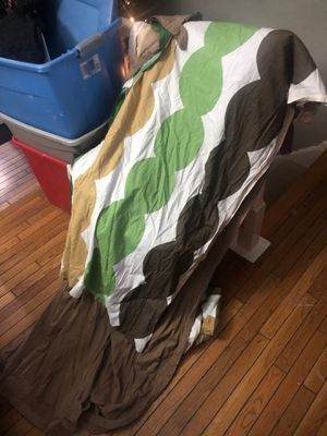 Brown curtain with green/ brown circle decoration for Sale in Herndon, VA