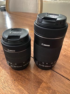 Canon Lens Bundle of 2 (18-55mm & 55-250mm) for Sale in Las Vegas, NV
