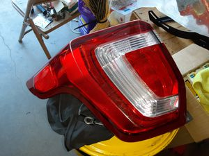 2016 Ford Explorer left tail light. ¤¤¤LED WORKS¤¤¤ for Sale in Lake View Terrace, CA