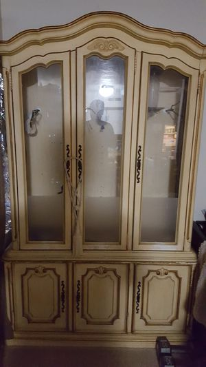 Antique Drexel wooden China cabinet bird cage for Sale in Hillsboro, OR