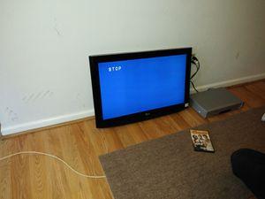 32 inch Lg tv for Sale in Ashburn, VA